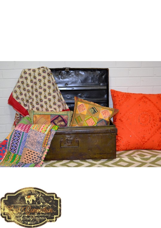 Travel Trunk Blanket Box