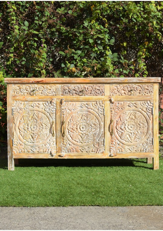 French Provincial Hand Carved Floral Sideboard Buffet